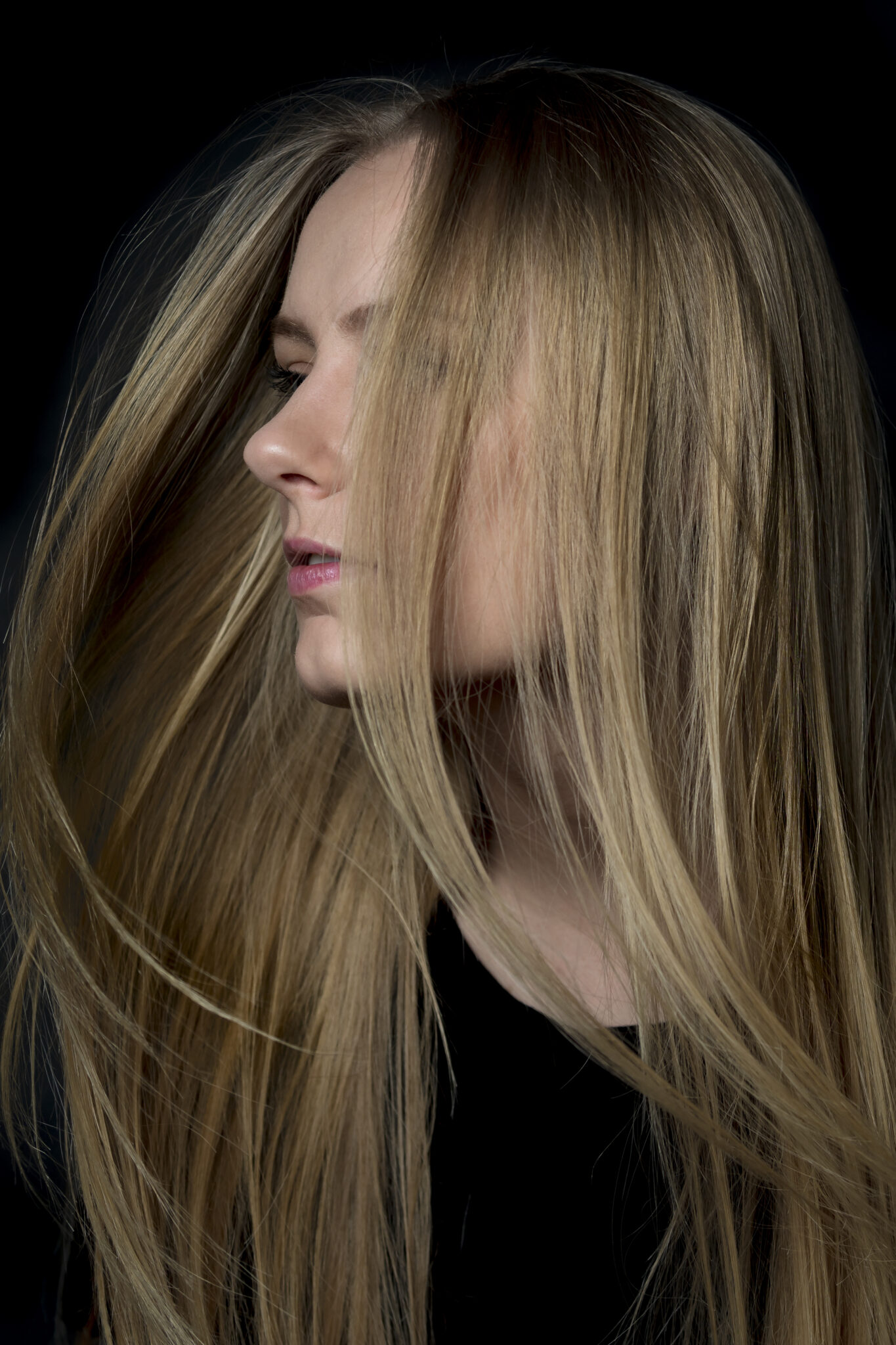 Portrait - female makeup